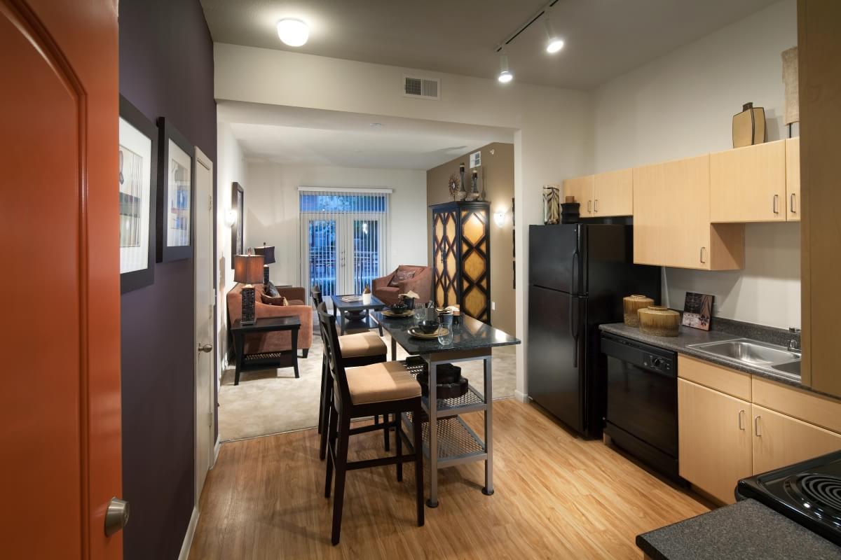 Lakeside At Legacy Village Apartments Dallas Apartments Uptown